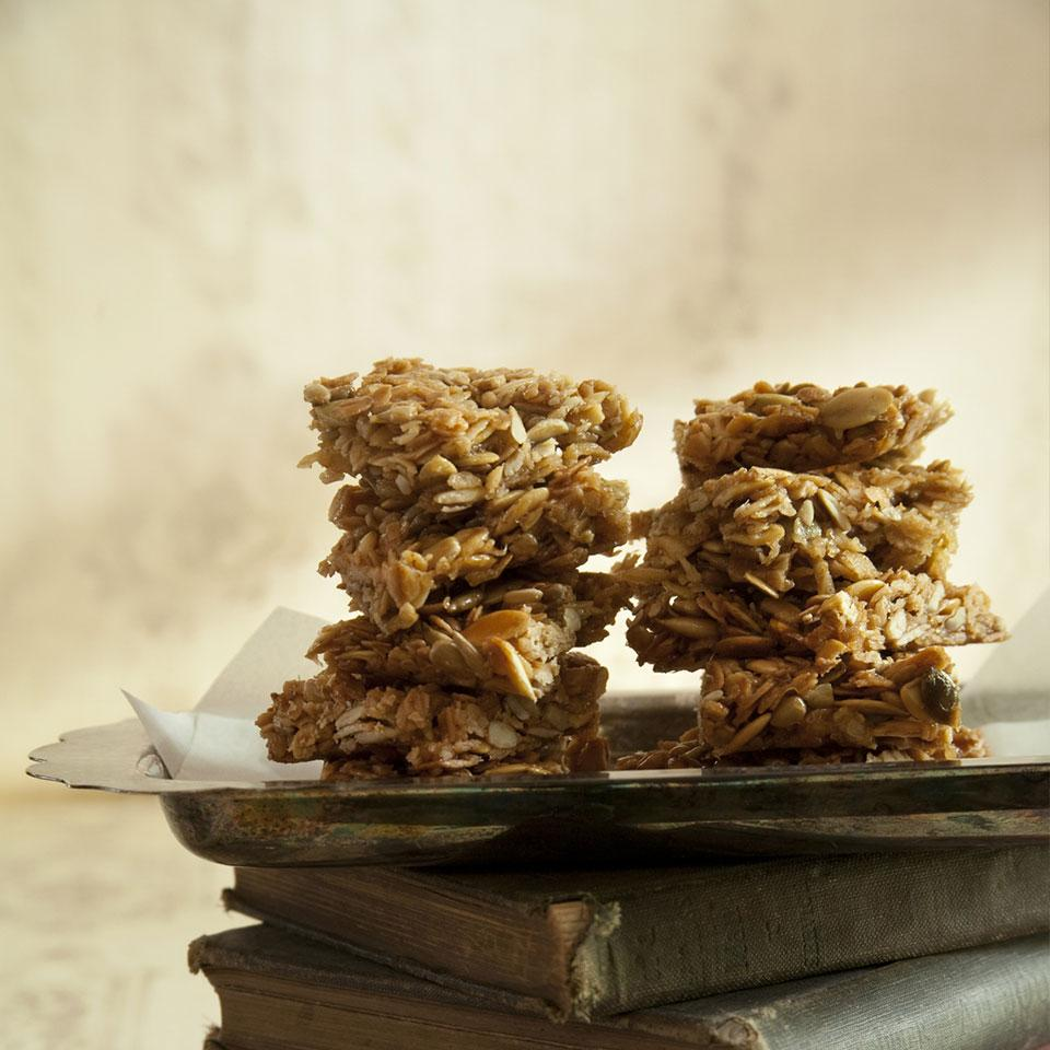 No-Bake Nutty Oat Bars