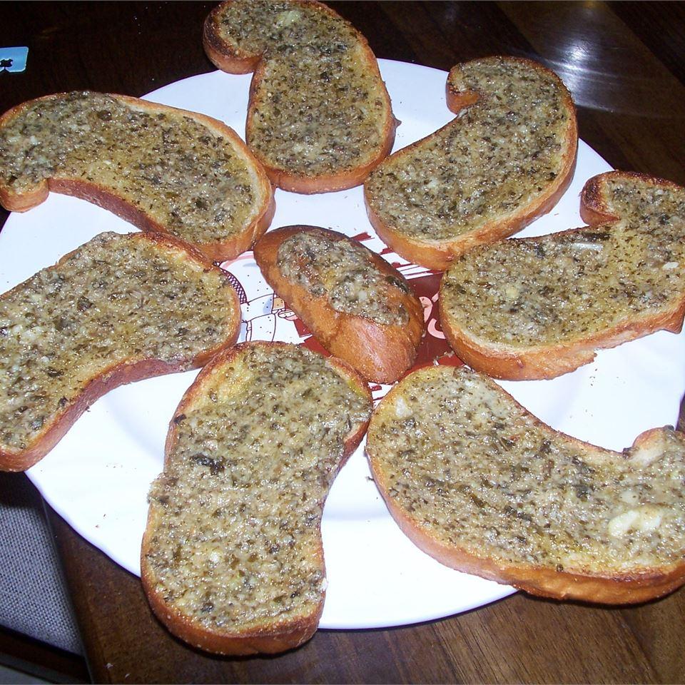 Basil Pesto Bread Rounds Jamie