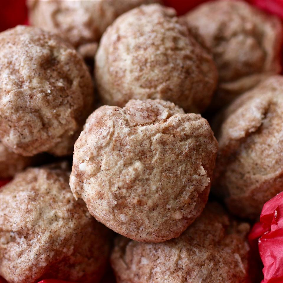 """""""Anytime I go to Texas I search out these cinnamon cookies from local Mexican bakeries,"""" says ZENFIDEL. """"I tried this recipe and it was just like those in the Lone Star State. I'm so glad to finally make these in my own home."""""""