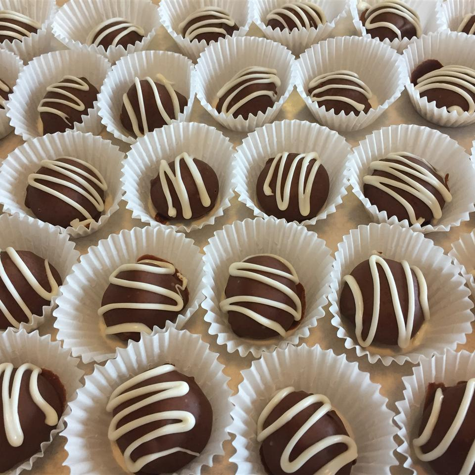 Chocolate Covered Caramels MANNFAM
