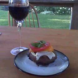 Grilled Portobello Sandwich with Roasted Red Pepper and Mozzarella RiksterQT