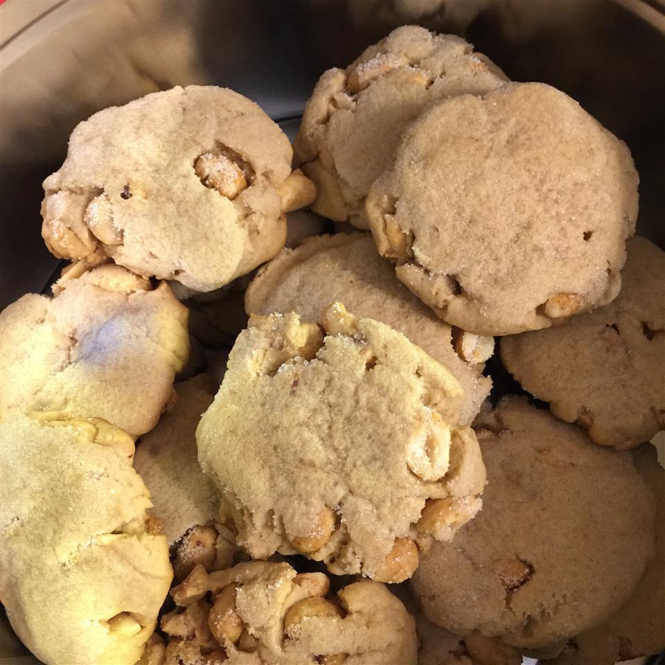 Salted Peanut Cookies Rolltidetuckers
