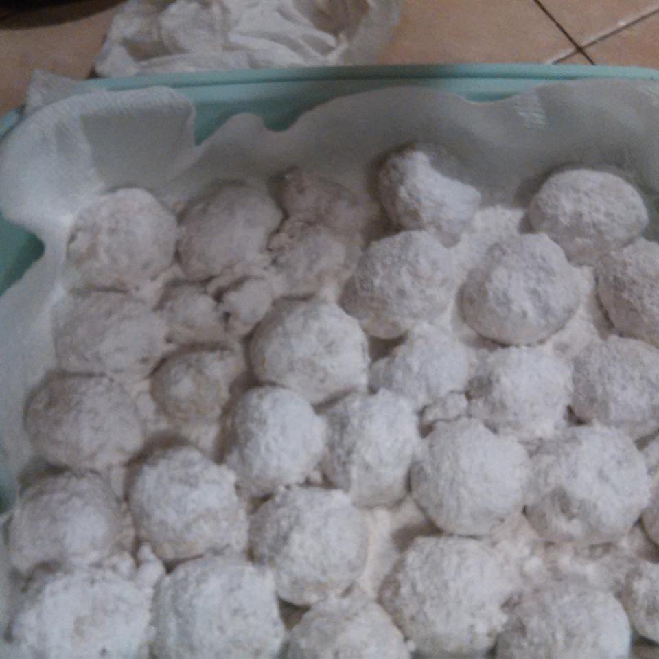 Italian Wedding Cookies III RickPaula Herrera