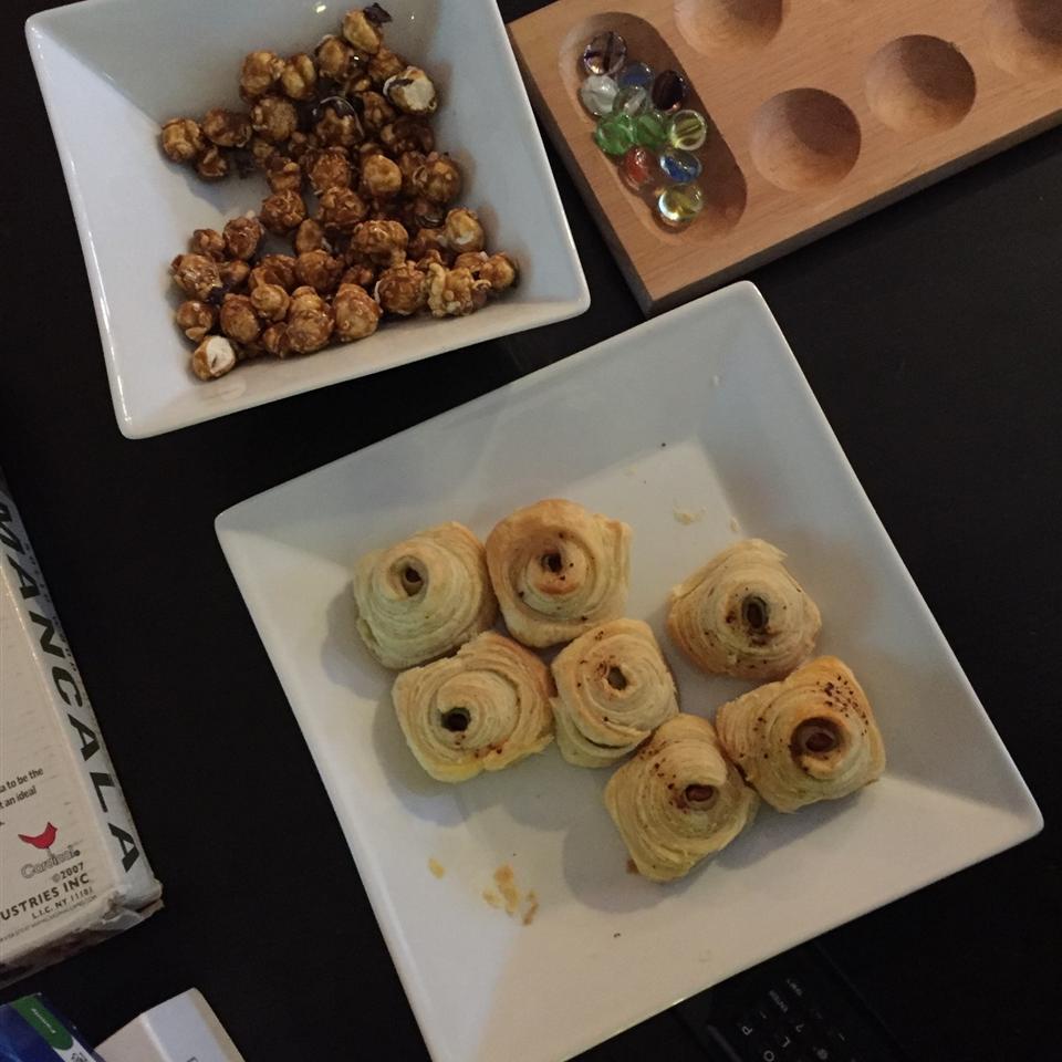 Olive Puffs