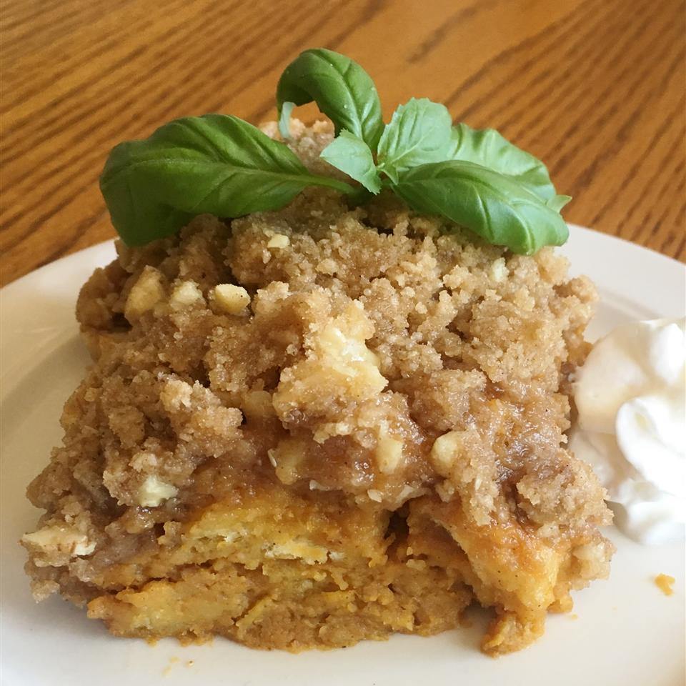 Pumpkin Bread Pudding with Crumb Topping