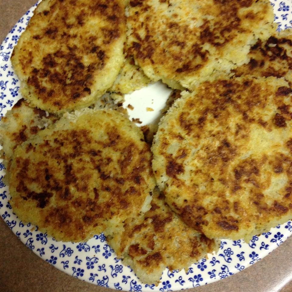 Panko Crusted Mashed Potato Cakes H Laney