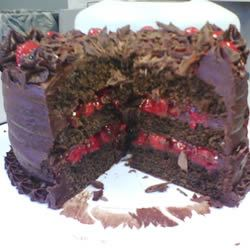 Black Forest Chocolate Cake ginniebug79