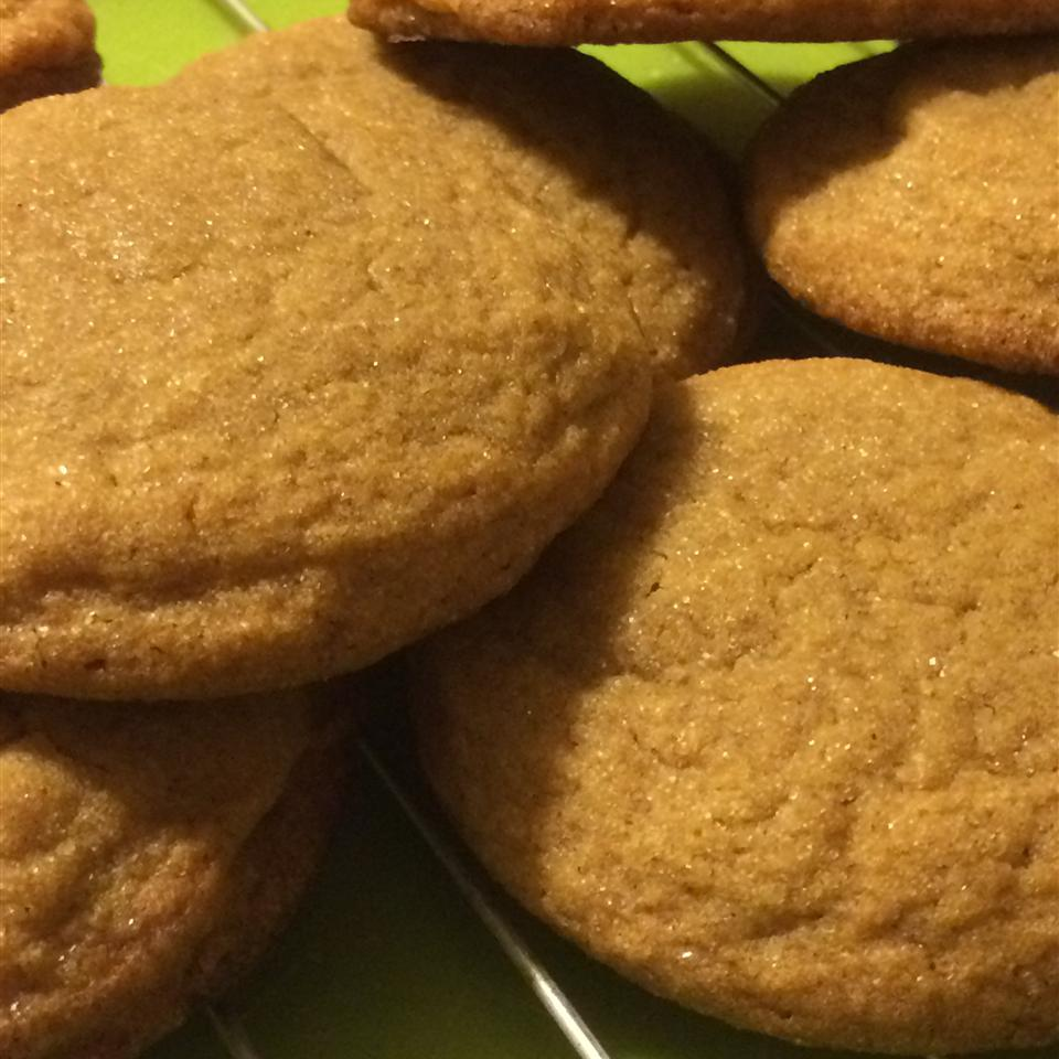 Easy Chewy Ginger Cookies Dionna Baggaley
