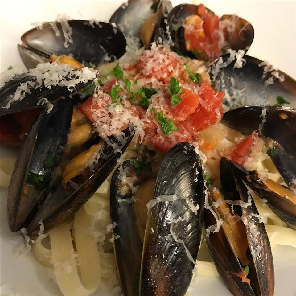 Garlic Wine Mussels