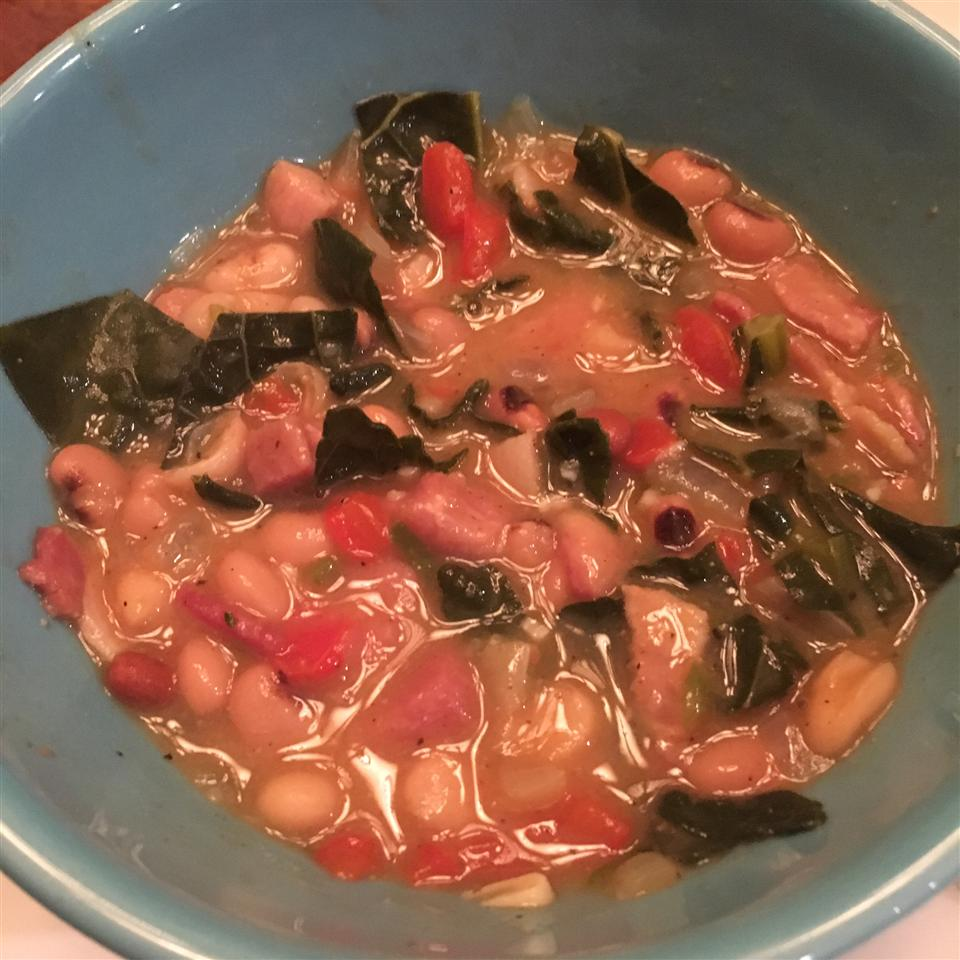 Slow Cooker Spicy Black-Eyed Peas Theresa