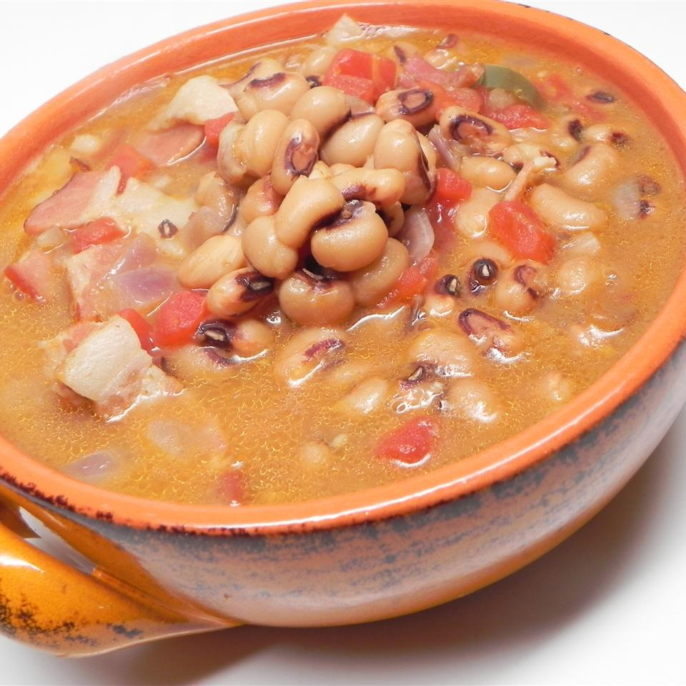 Spicy Black-Eyed Pea Soup