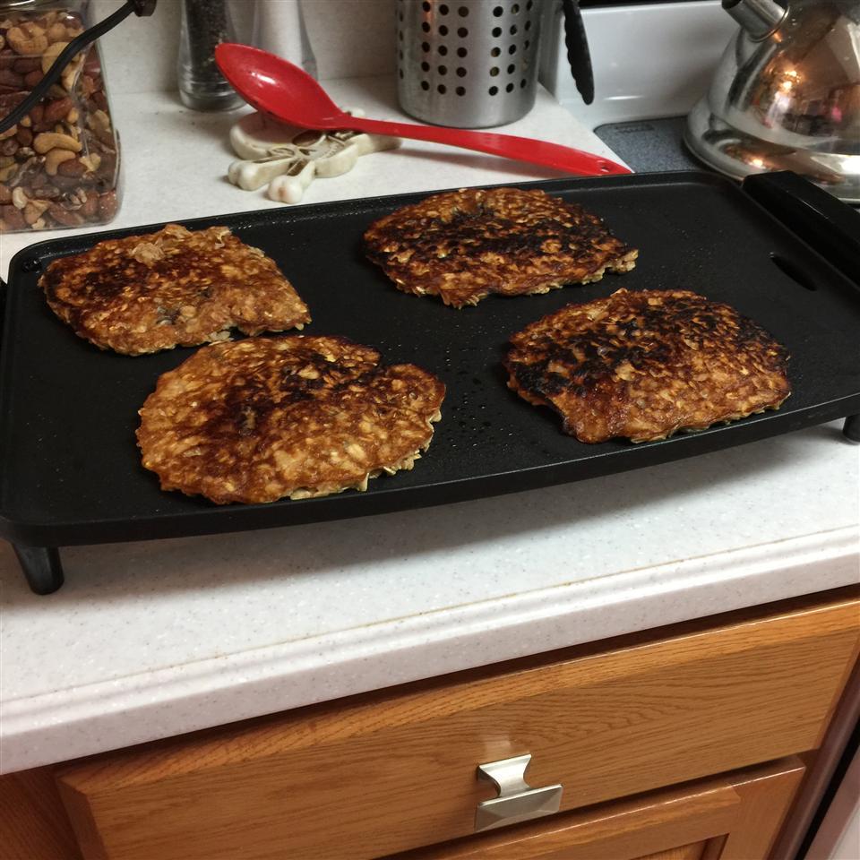 Flourless Oatmeal Blueberry Pancakes