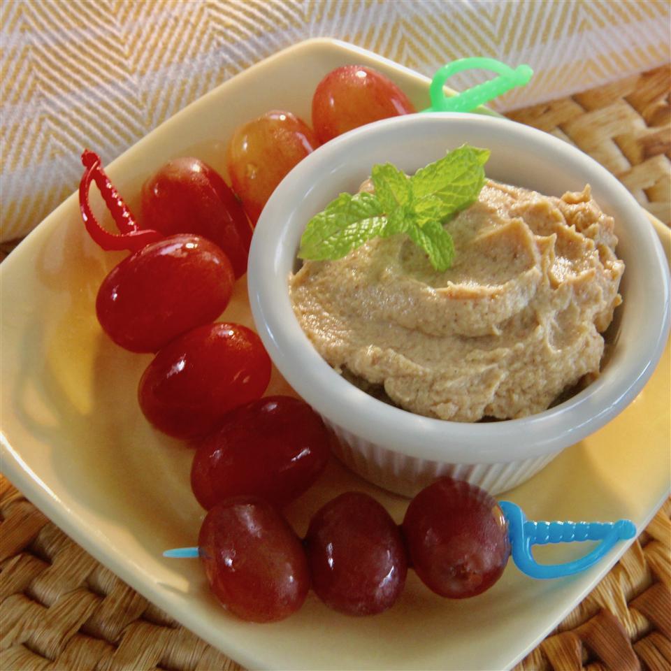Spiced Peanut Butter Yogurt Dip Mandi