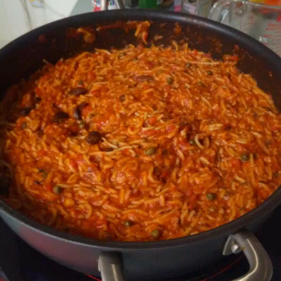 Easy One-Pot Pasta Puttanesca