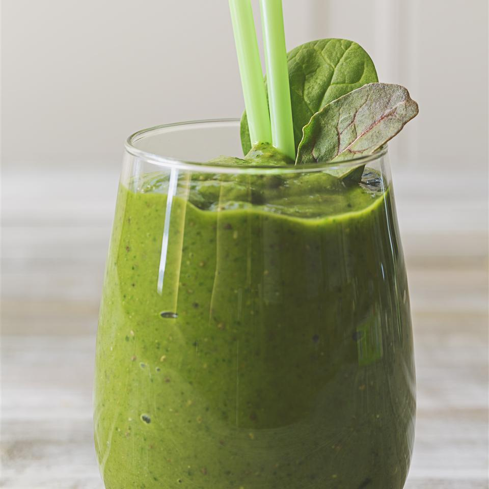 Cardamom Chia Green Smoothie So Delicious® Dairy Free