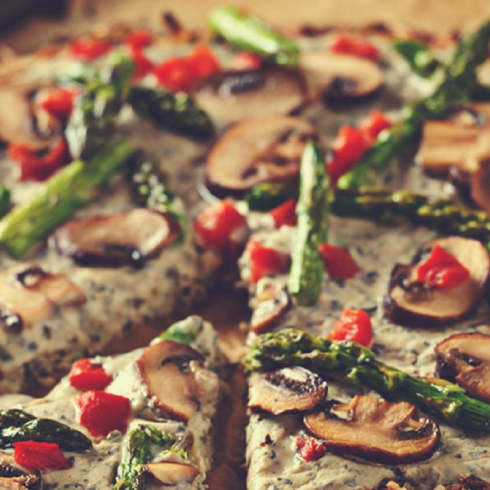 Cauliflower Crust Pizza with Garlic Coconut Cream Sauce So Delicious® Dairy Free