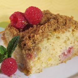 Buttermilk Mango-Berry Crumb Cake MarielJD