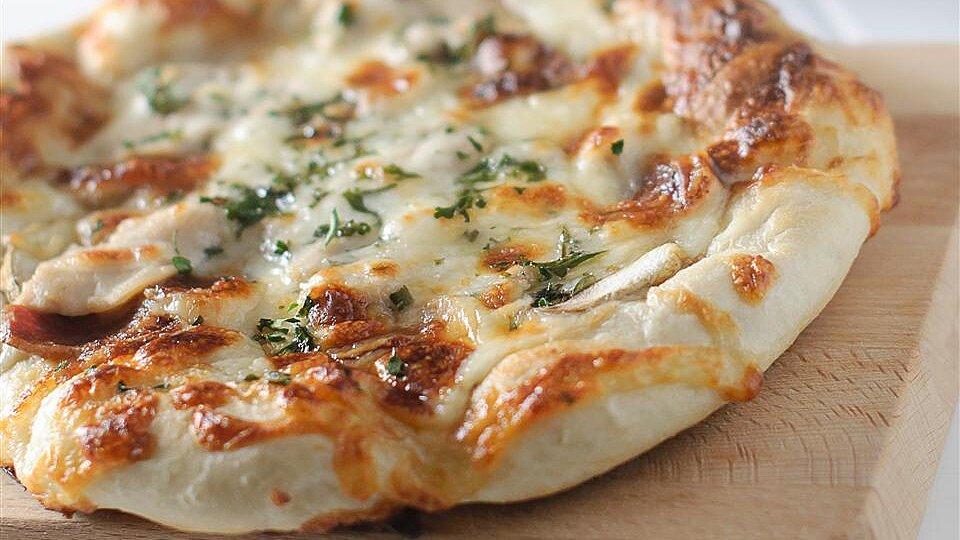 Grilled Chicken Alfredo Flatbread Pizzas Recipe Allrecipes