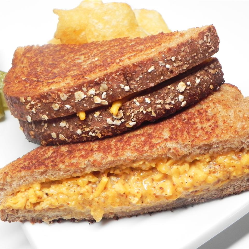 """PJ Special"" Grilled Cheese"