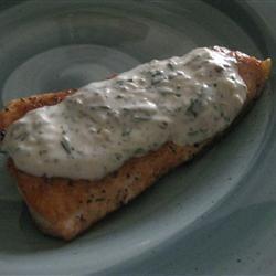 Grilled Salmon with Creamy Pesto Sauce reenie
