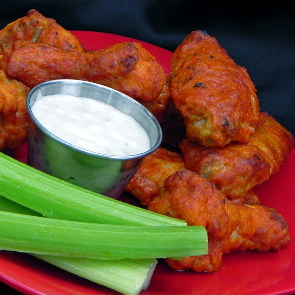 Restaurant-Style Buffalo Chicken Wings Kelly