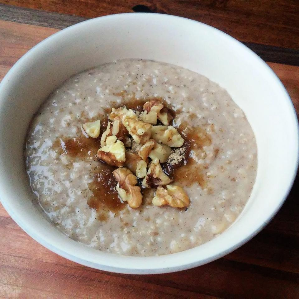 Banana Foster Steel-Cut Oats mamabear
