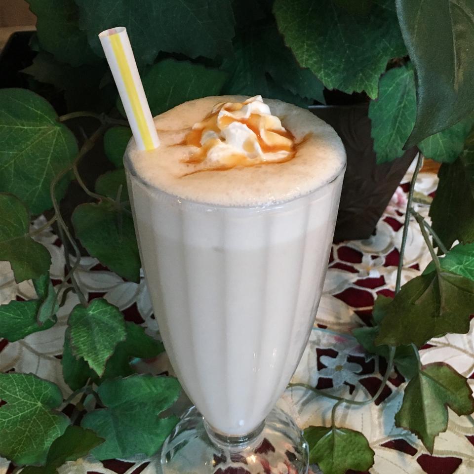 Creamy Banana Milkshake image