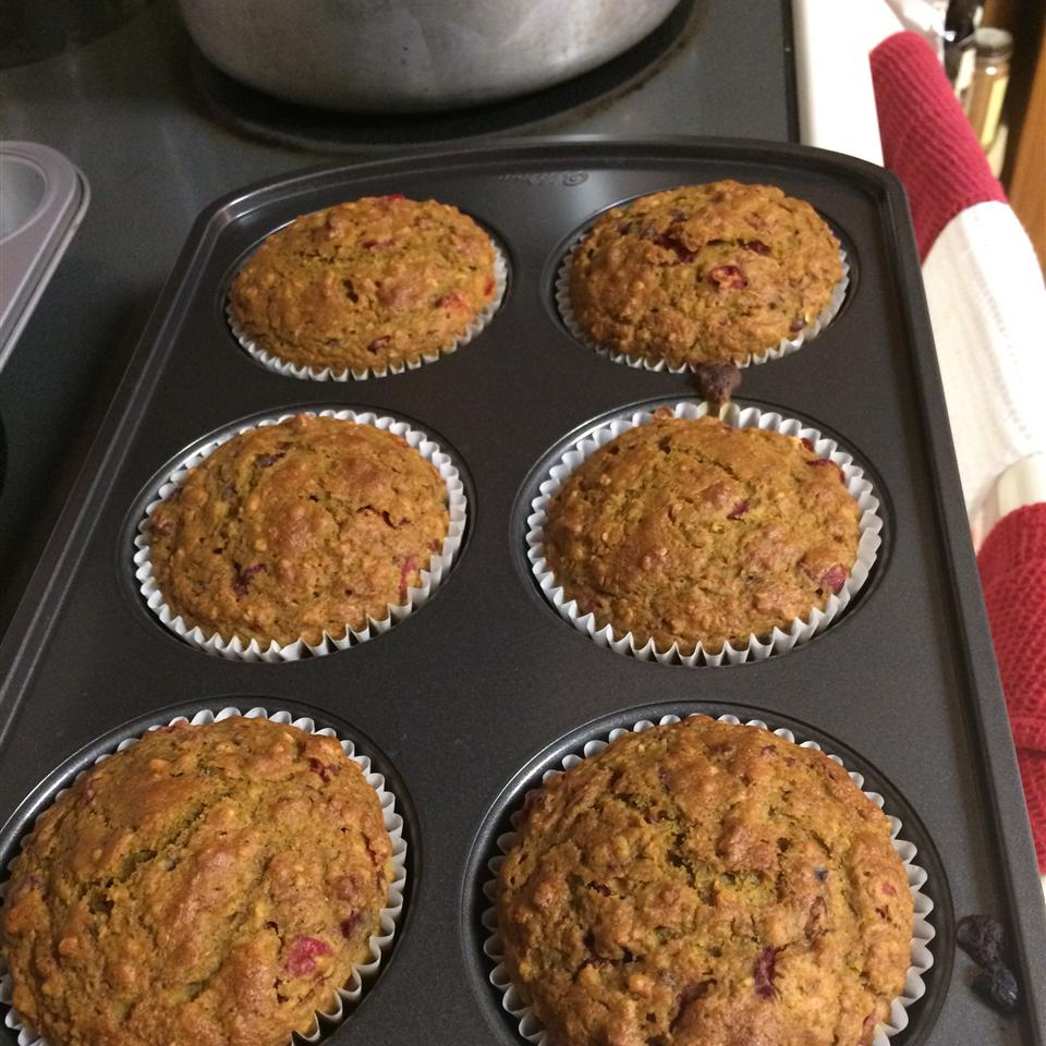 Healthy Pumpkin Cranberry Muffins