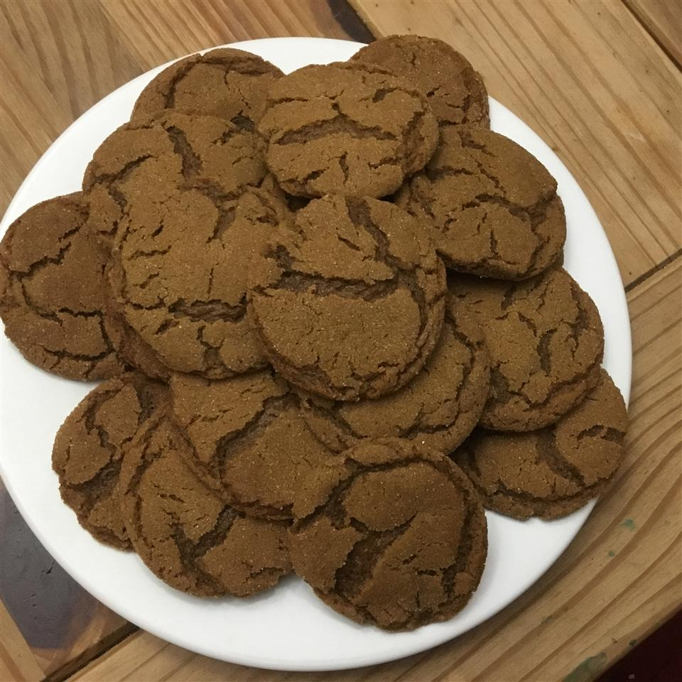 Molasses Sugar Cookies I Damon Hudson