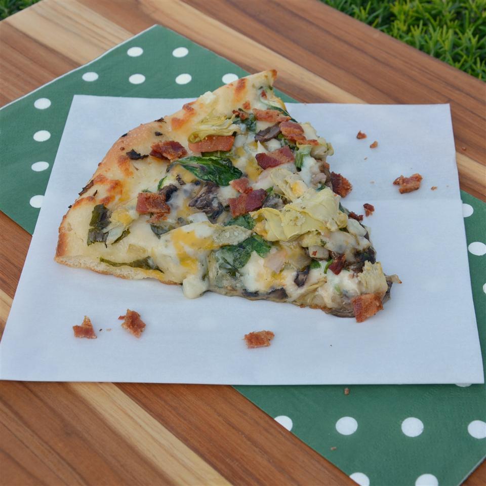 Bacon Spinach Artichoke Pizza