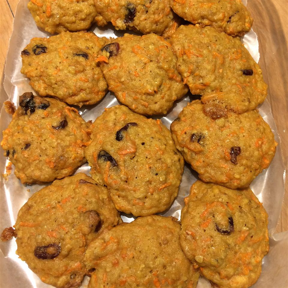 Oatmeal Carrot Craisin® Cookies