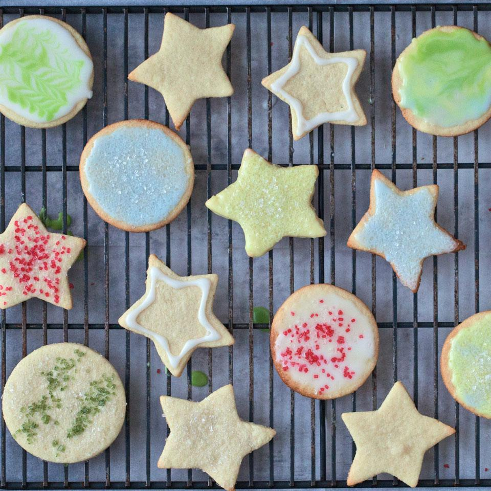 Everyone can get in on the festive fun with this gluten-free cut-out sugar cookie recipe. Use naturally-dyed sugar and icing to decorate these easy cookies.
