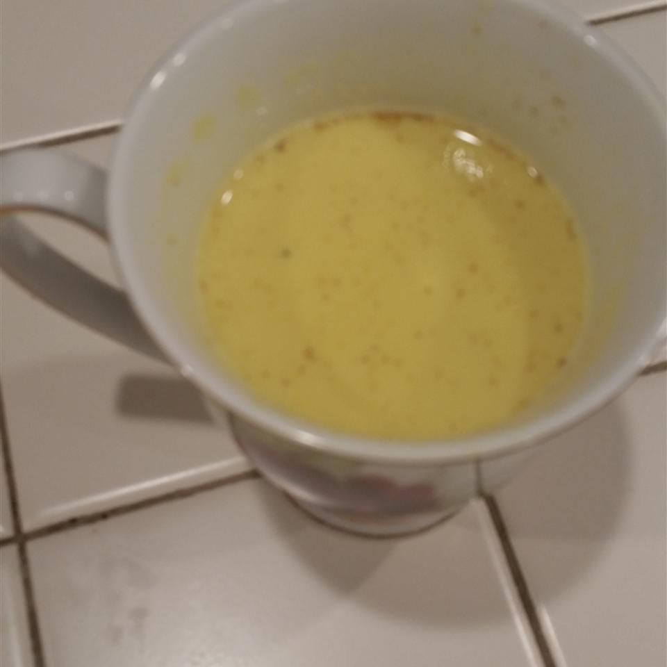 Haldi Ka Doodh (Hot Turmeric Milk) Elena Lloyd