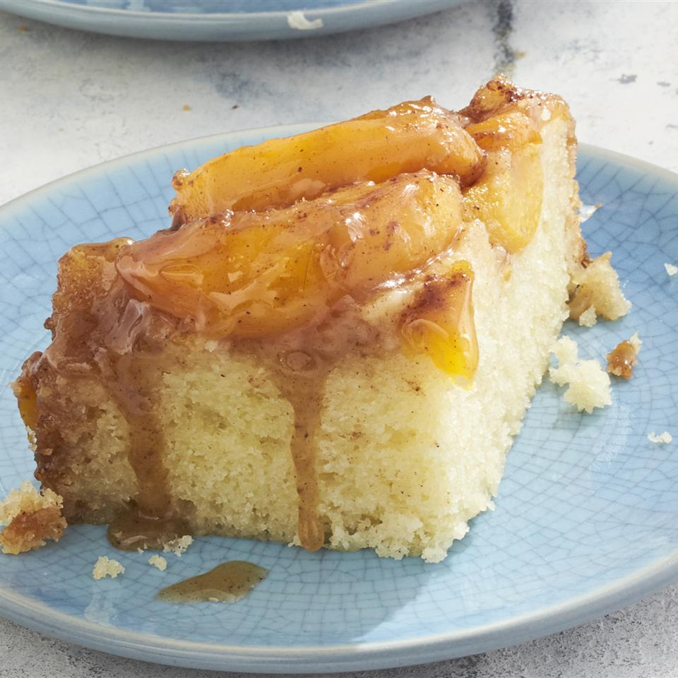 Slow Cooker Peach Upside Down Cake cupcakeproject