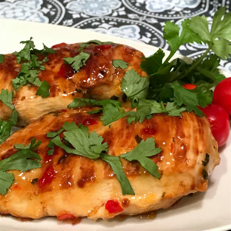 Grilled Lime Cilantro Chicken with Sweet Chili Sauce Happyschmoopies