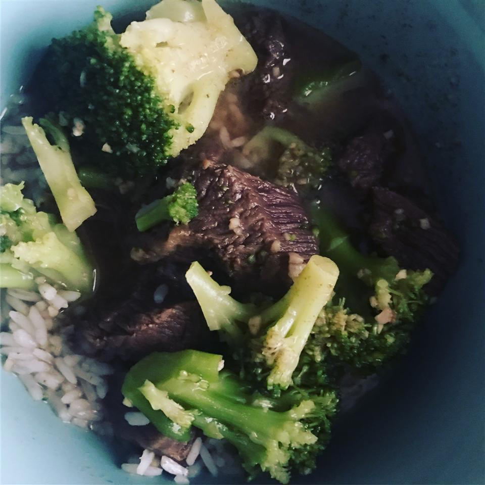 Slow Cooker Broccoli Beef Nicole Elizabeth