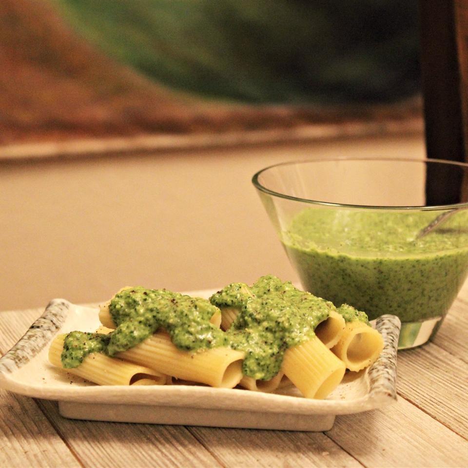 Easy Kale Pesto