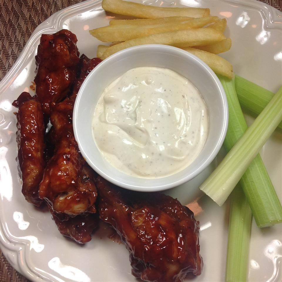 Sweet and Spicy BBQ Chicken Wings Cliff G