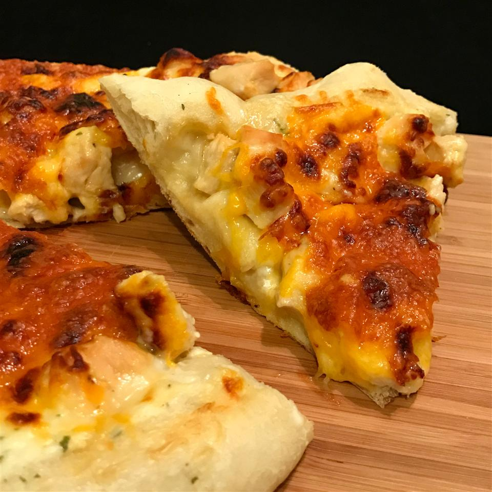 Sriracha Honey Chicken Pizza Happyschmoopies