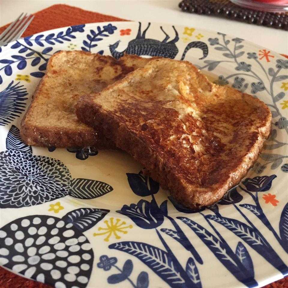 Buttermilk French Toast with Maple Syrup