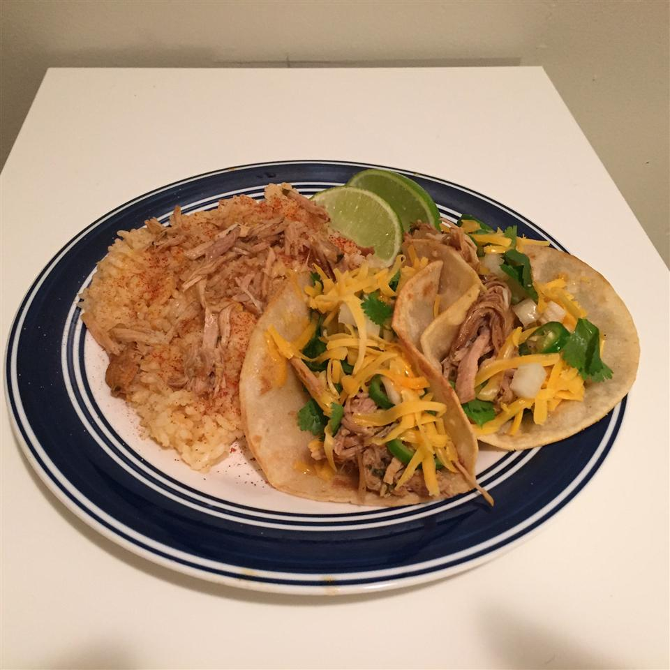 Slow Cooker Carnitas from Old El Paso® Don Howard
