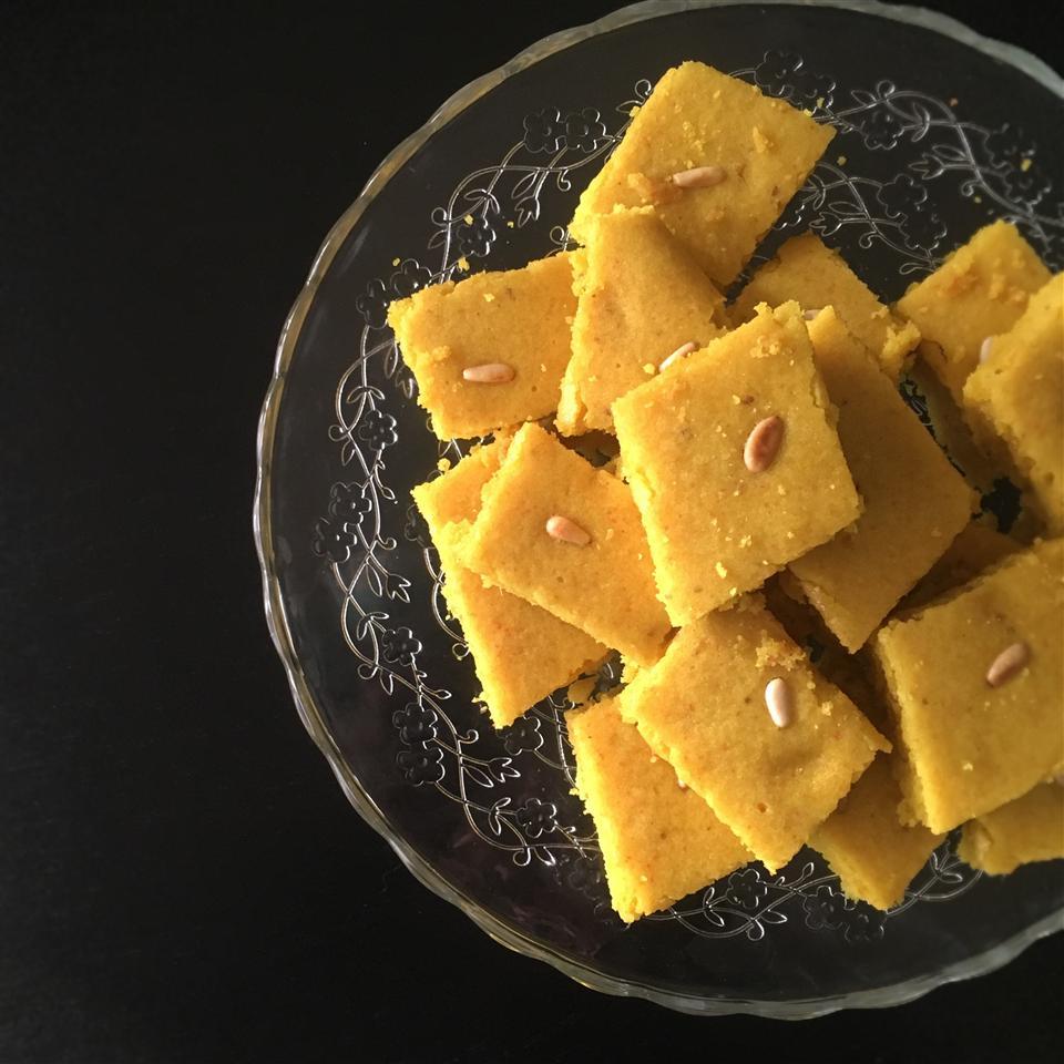 Sfouf (Lebanese Turmeric Cake) LauraF