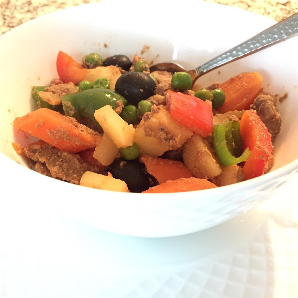 Caldereta (Filipino Beef Stew)