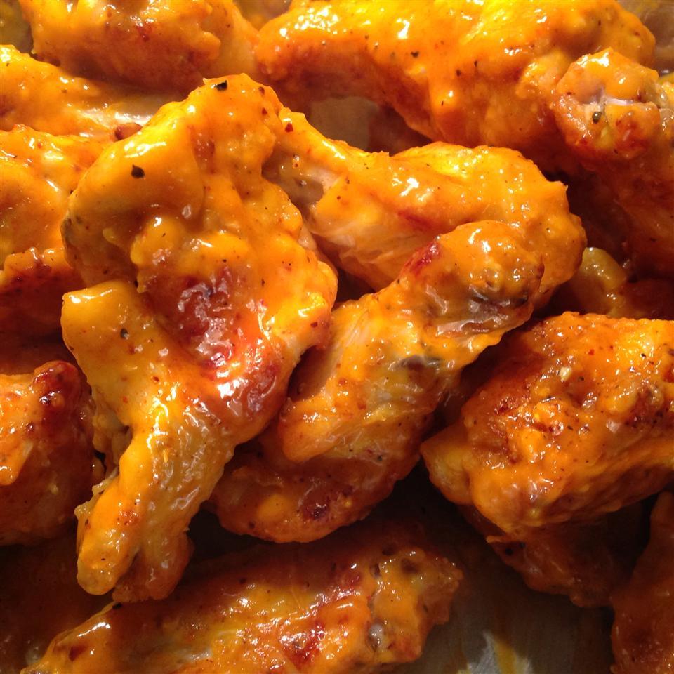Healthier Restaurant-Style Buffalo Chicken Wings JenCharlotte