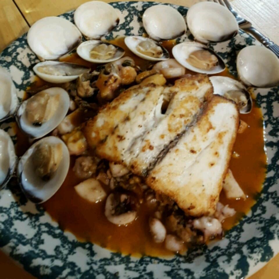 Mediterranean Seafood Medley ComerCastIron