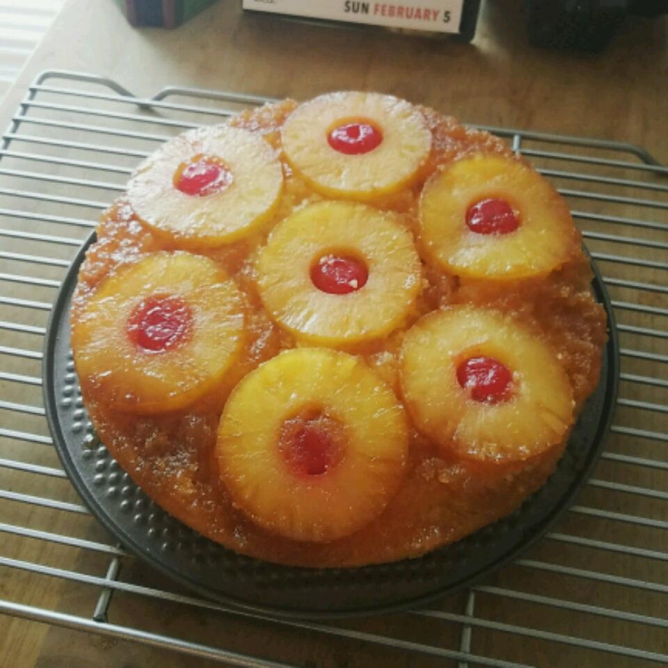 Pineapple Upside-Down Cake IV