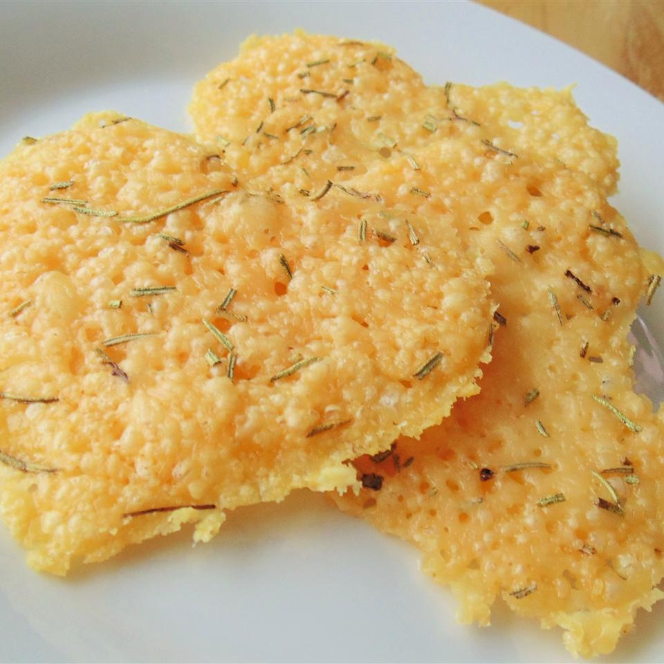 Rosemary Garlic Parmesan Crisps