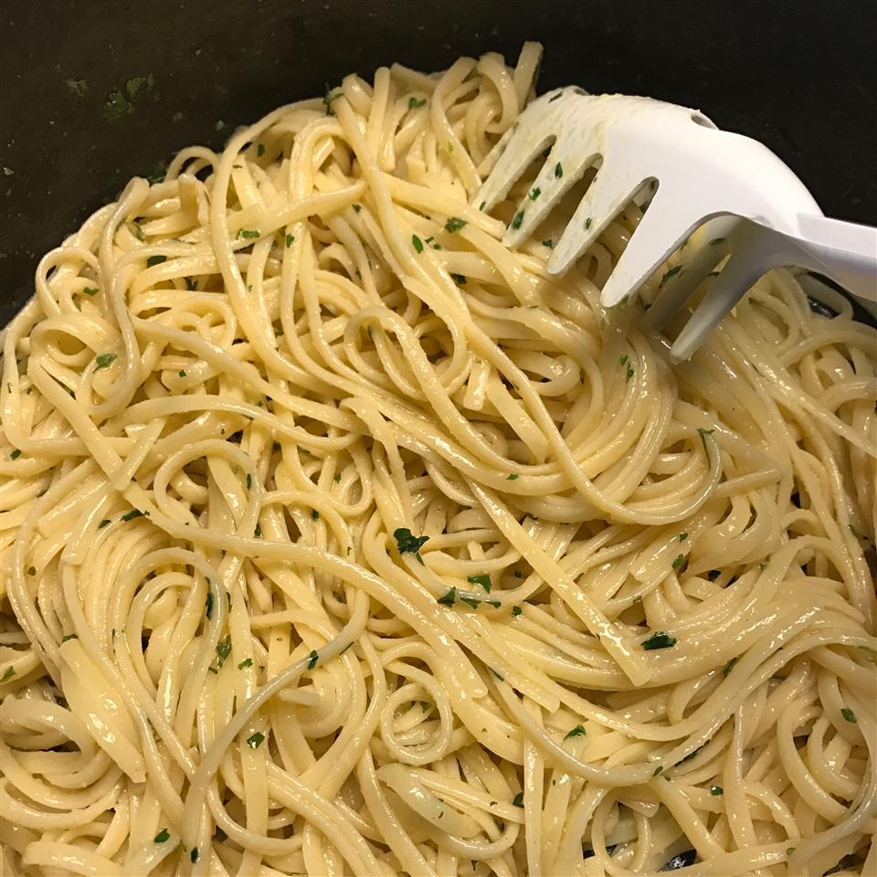 Garlic-Herb Linguine Marsi Rader Williams