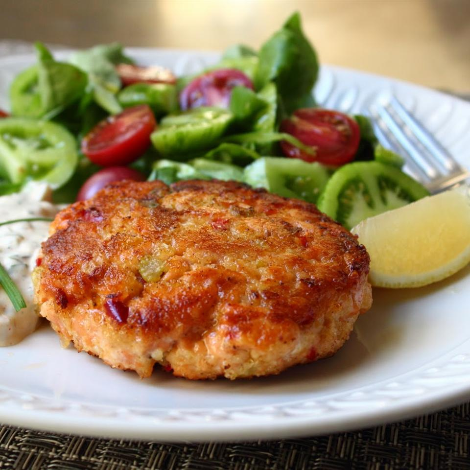 Chef John's Fresh Salmon Cakes Chef John