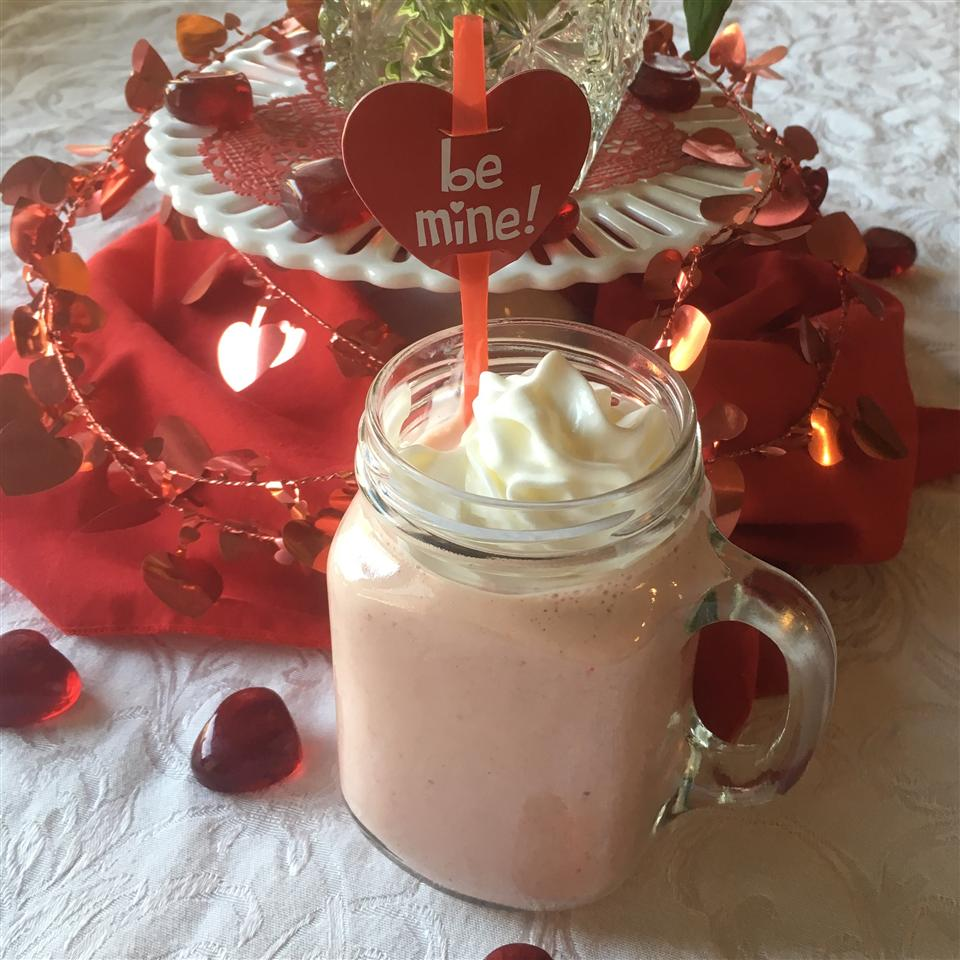 Fresh Strawberry Banana Sunrise Smoothie With Truvia® Natural Sweetener Paula
